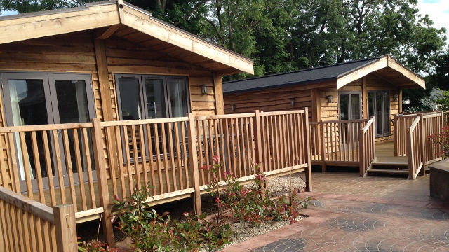 Lily Bank Lodges